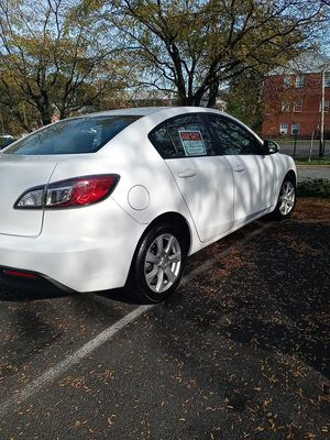 Mazda. 3011. Millas. 87.456 for Sale in Adelphi, MD