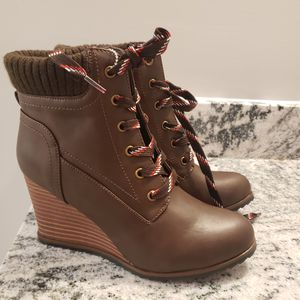 Nautica boots size 7 for Sale in Cartersville, GA