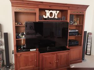 Large TV stand entertainment center for Sale in Chantilly, VA
