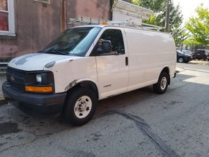 2006 Chevy express 3500 for Sale in Philadelphia, PA