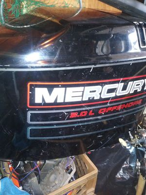 95 Mercury 225hp parts motor for Sale in Staten Island, NY