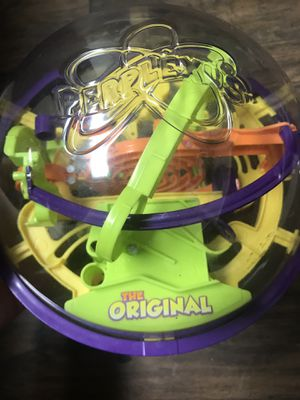 "The Original Perplexus Brain Teaser Maze and Puzzle Game. This globe is about 7"" across. Good condition for Sale in Miami, FL"