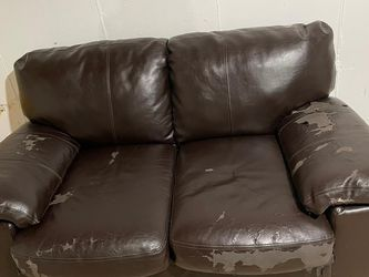 Sofa for Sale in St. Louis,  MO