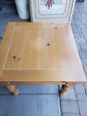 End table or coffee table for Sale in Payson, AZ