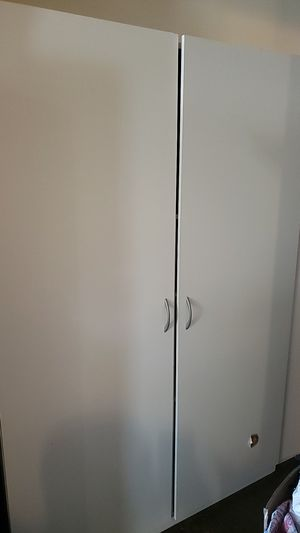 Closet mate. 48×72x21 dementions. Pick up only. for Sale in Los Angeles, CA
