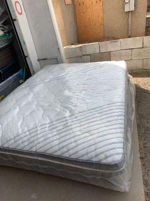 Brand New pillow top queen size mattress and box for Sale in Phoenix, AZ