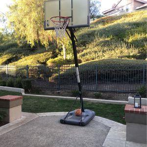 Basketball hoop for Sale in Rancho Santa Margarita, CA