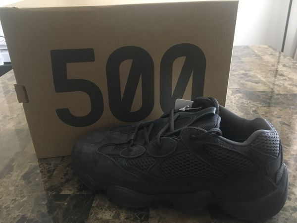 YEEZY 500 size 9 US MENS