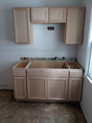 Kitchen cabinets brand new for Sale in Cleveland, OH