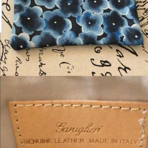 Beautiful New Name Brand Leather Clutch Or Make Up Bag $10 for Sale in Riverside, CA