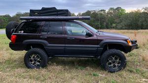 2004 jeep grand cherokee for Sale in Milwaukee, WI