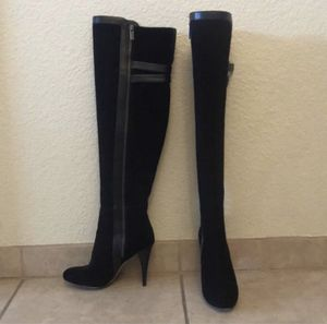 Michael Kors Boots (Size 7.5) for Sale in San Diego, CA
