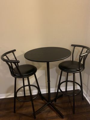 Dining table/chairs for Sale in Rancho Cucamonga, CA