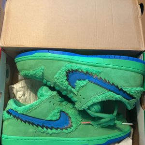 Nike Sb Grateful Dead Dunks for Sale in Milwaukee, WI