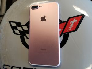 Unlocked Rose iPhone 7 Plus 32 GB for Sale in Port St. Lucie, FL