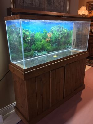 55 gallons fish tank for Sale in Barrington, IL