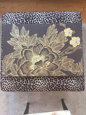Brown painting w/gorgeous gold and blue detail for Sale in New York, NY