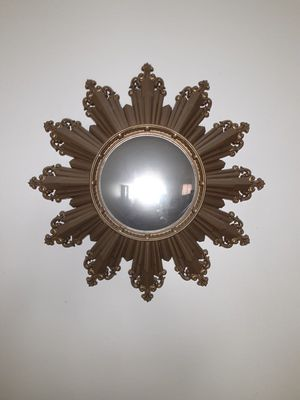Starburst Mirror Wall Plaque for Sale in Queens, NY