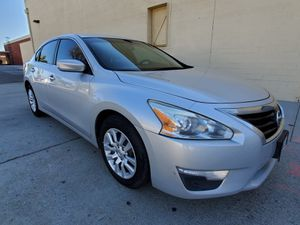 2014 Nissan Altima S Clean Title for Sale in Los Angeles, CA