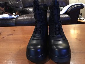 WORK BOOTS- MEN'S for Sale in Oakbrook Terrace, IL