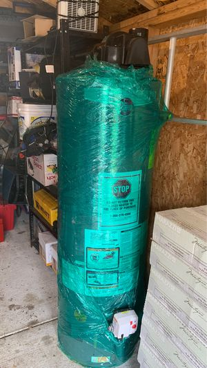 50 gallon water heater Gaz for Sale in Sterling Heights, MI