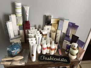 Avon Body/Skin items-Lot Bundle for Sale in Haines City, FL