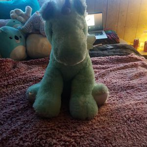 Justice Tween Brands Pastel Green Pegasus for Sale in Palos Heights, IL