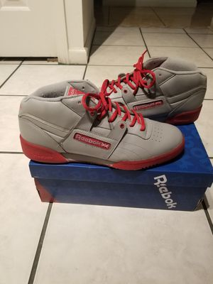 """"""" AUTHENTIC REEBOK - GREY / RED !!!! SIZE 11 """" BLACK FRIDAY SPECIAL !!!! for Sale in Kissimmee, FL"""