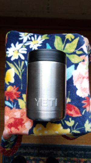 Yeti can cooler for Sale in Unionville, TN