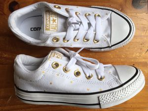Converse Chuck Taylor All Star Street Slip Toddlers Size 13 C White/Black/Gold for Sale in Schaumburg, IL