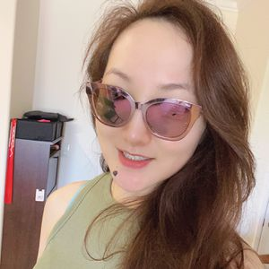 Beautiful Dior Sunglasses, Authentic, Barely Worn, Bought for $700 after tax, Now for Only $450!! Free Delivery Possible near Downtown LA! for Sale in Los Angeles, CA