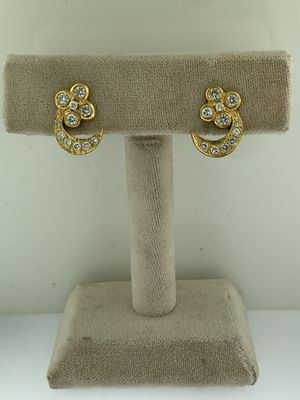 Crescent Moon & Stars~1.32 Carats Diamond Stud Earrings~Solid 18Kt Yellow Gold for Sale in Miami, FL
