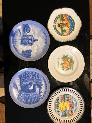 Collectible plates Glass for Sale in Dublin, OH