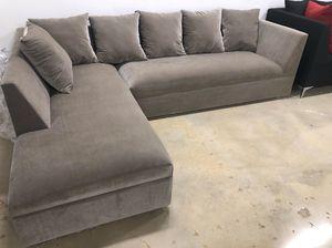 New grey velvet Sectional Sofa for Sale in Miami, FL