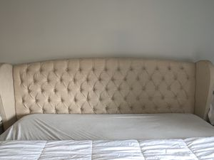 King Size Tufted Bed Frame for Sale in Maple Valley, WA