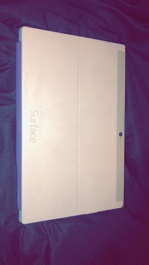 Microsoft Surface 2 Tablet/ labtop for Sale in Worthington, OH