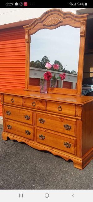 QUALITY SOLID WOOD LONG DRESSER WITH BIG MIRROR AND BIG DRAWER GREAT CONDITION for Sale in Fairfax, VA