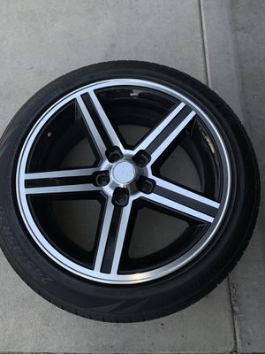 20s and Brandy tires for Sale in Fresno, CA