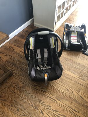 Chicco Keyfit car seat and 3 bases. Will sell separately or in a bundle! for Sale in Fairport, NY