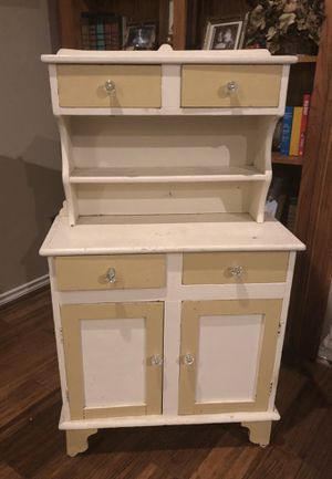 Antique farmhouse cabinet for Sale in Huffman, TX