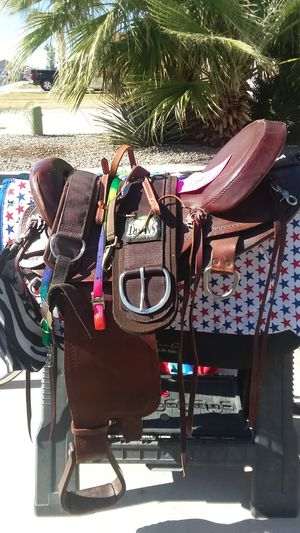 Saddle for quarter horse. Size 17. for Sale in Yuma, AZ