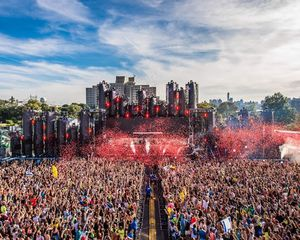 Electric Zoo Festival Tickets (discounted) for Sale in Fall River, MA