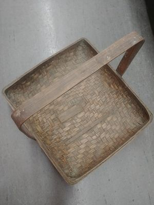 Big decor wooden basket for Sale in Houston, TX