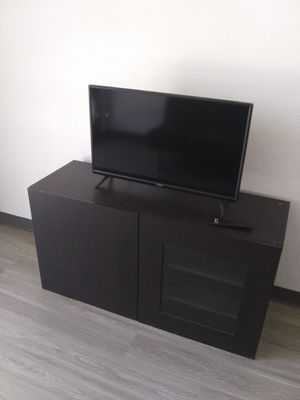 32 tv and tv stand for Sale in Phoenix, AZ