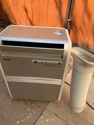 Haier portable air conditioner 8,000 btu. With all window attachments. In good working conditions for Sale in Los Angeles, CA