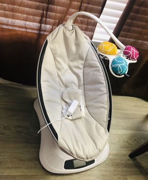4moms MamaRoo Bluetooth Swing for Sale in Tempe, AZ