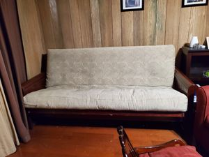 Futon/sofa bed for Sale in Los Angeles, CA