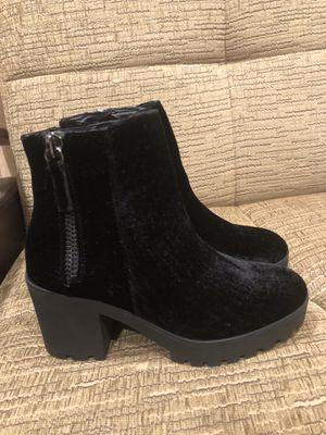 Aldo boots 7 size for Sale in Los Angeles, CA