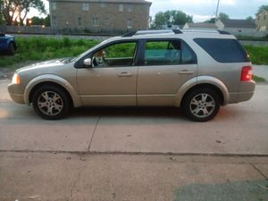 2005 ford freestyle limited 2 owner for Sale in Burbank, IL