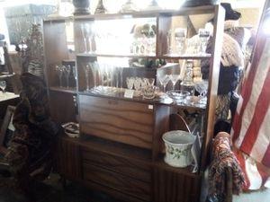 Mid-Century Modern Display Shelf/China Cabinet for Sale in Washington, DC